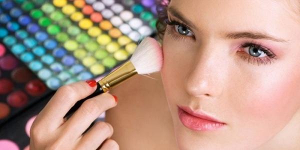 акцент на макияж