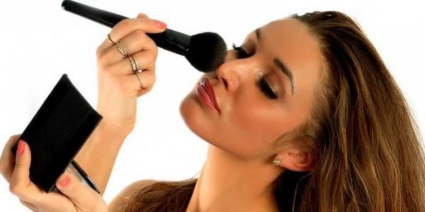 Простые хитрости макияжа, которые сберегут ваше время и нервы!