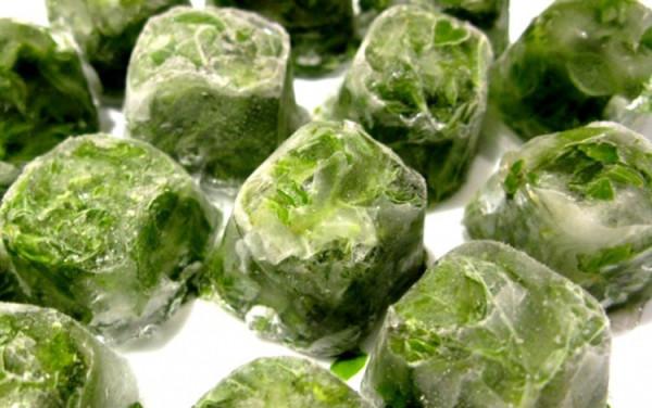 Травяные отвары со льдом